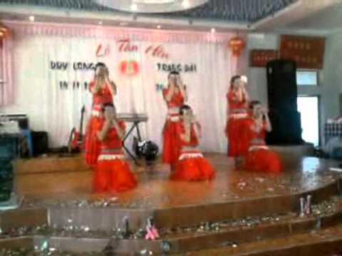 ▀█▀ █▬█ - Nhảy Ấn Độ bài Temptation - Arash