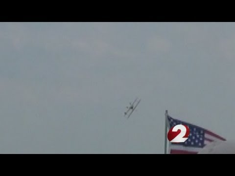 NTSB releases preliminary report on air show crash