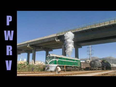 Chinese trains - Freshly overhauled DF 2026 diesel at Kunming, start up and shunting