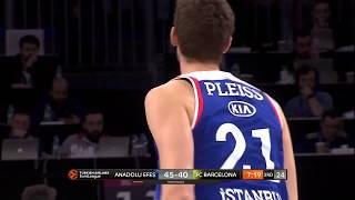 17.04.2019 / Anadolu Efes - Barcelona Lassa / Tibor Pleiss