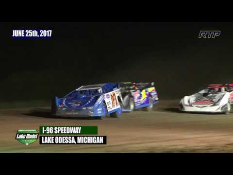 2017 American Ethanol Shootout - AELMT Feature Event At I-96 Speedway (HIGHLIGHTS)