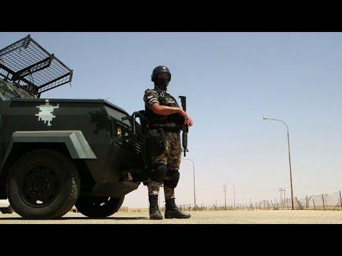 Jordan, Iraq reopen only border crossing