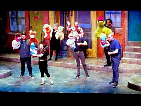 Avenue Q    Mercury Theater Chicago