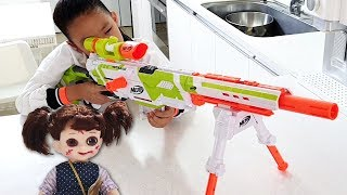 Shoot the ghost doll / Nerf War with LoveStar