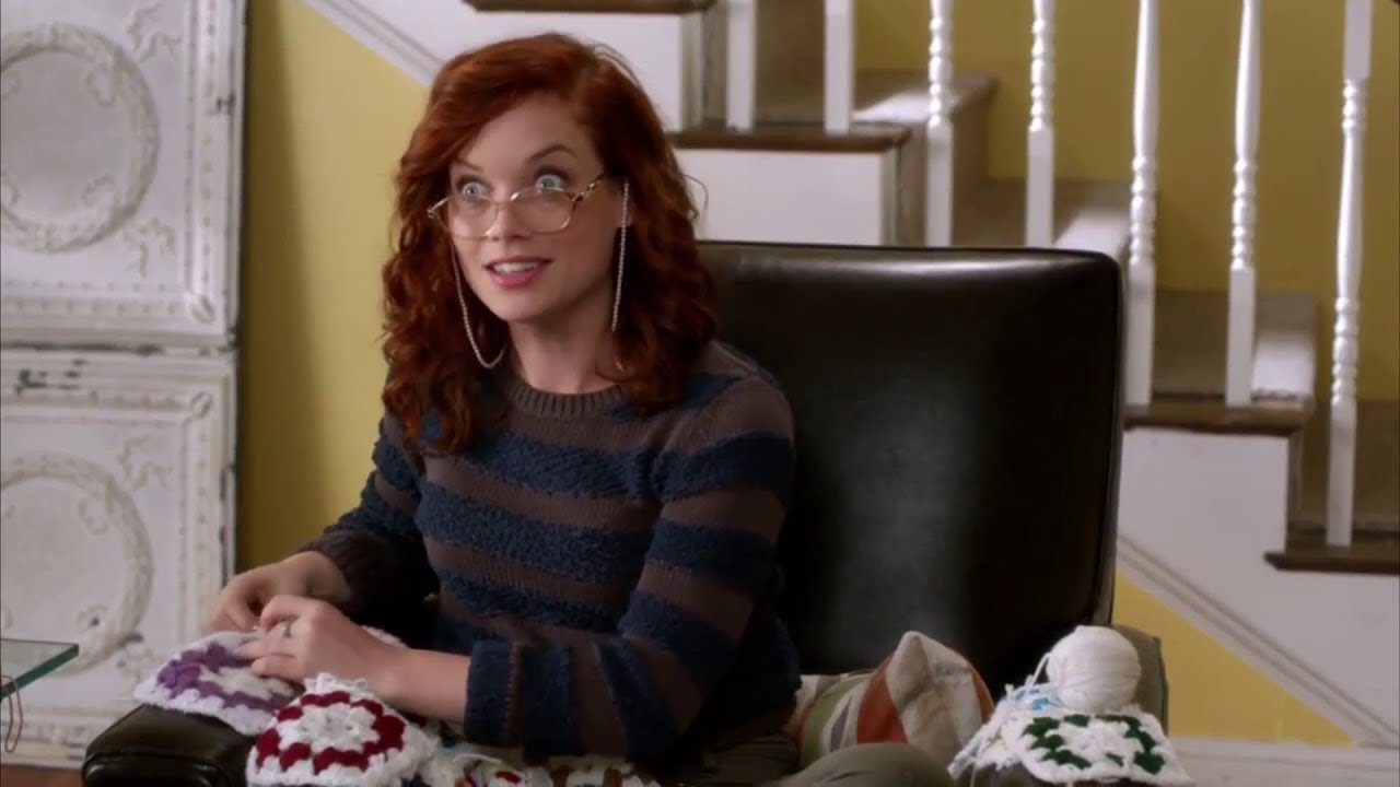 Download Tessa's Knitting Sisterhood - Suburgatory Best Bits