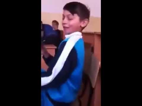 Traim viata ca orfanii,ne mananca sobolanii - YouTube