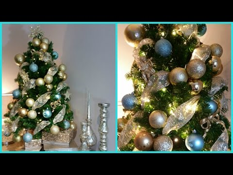 HOW TO DECORATE A SMALL CHRISTMAS TREE | DECK THE HALLS Pt 4