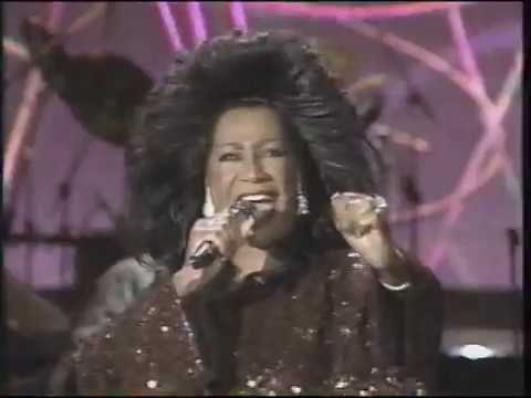 Patti LaBelle 'Twas Love (Live) - Christmas 1990 - YouTube