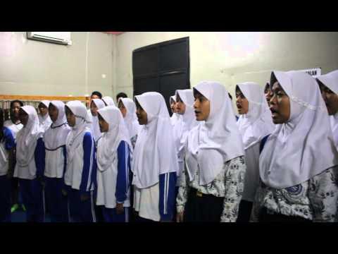 Paduan Suara SMP Negeri 2 Cibinong Indonesia Raya