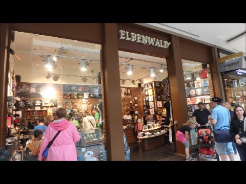 Elbenwald Store in Berlin (Germany) - Pops, T-shirts, Drinks and ...