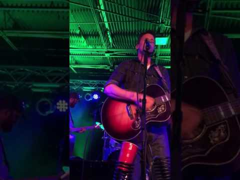 "Turnpike Troubadours preform NEW SONG ""Something to Hold on To"" at Rick's Cafe Starkville, Ms"