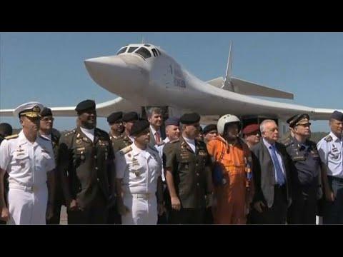 Bombardeiros russos aterram na Venezuela