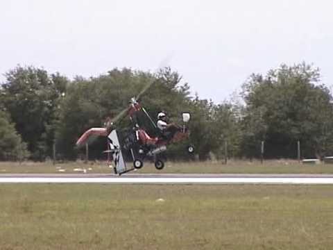 Ron Awad flying his Dominator gyroplane at Bensen Days 2010