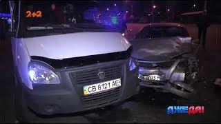 У Києві на Оболоні не поділили дорогу Nissan і Газель