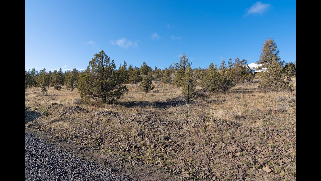 1.9 Acres, Prineville Lake Acres, Power at the Road!