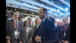 The French Prime Minister visits the Safran stand