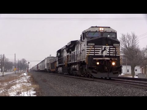 Winter Trains on the Norfolk Southern Chicago Line