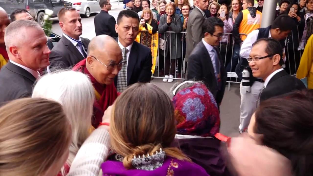 Далай-лама прибыл в Ригу (22.09.2017)