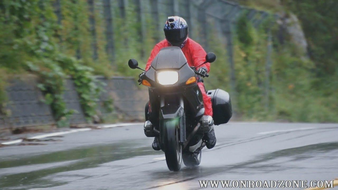 画像: motorcycle wet condition riding BMW R1100RS In the rain riding movie video www.youtube.com