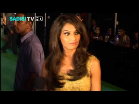 Sri Lanka's IIFA 2010 Bollywood actors and actresses with hot Fashion at the IIFA Modeling show HD