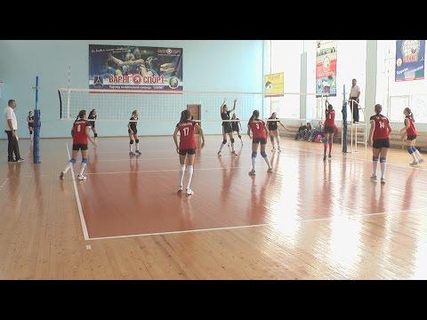 Прошли игры зонального первенства России по волейболу.