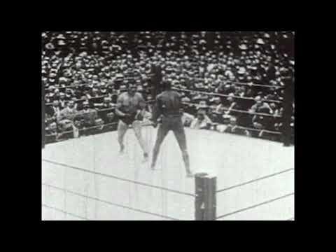 Boxing Match From 1908 Analyzed - Jack Johnson vs Tommy Burns