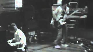 11. A Punchup At A Wedding - Live (Radiohead - Hail to the Thief)