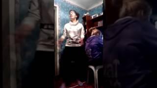 ЛЕНКА ЖГЕТ