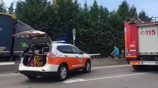 Camion travolge semaforo a Caorso