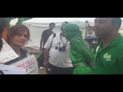 Former San Fernando Mayor confronts activists at Sando Fest 2011