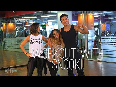 Mario and Courtney Lopez Workout with Nicole