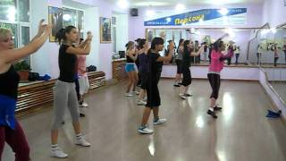 Zumba - Salsa  la vida Es Un Carnaval (Kazakhstan)