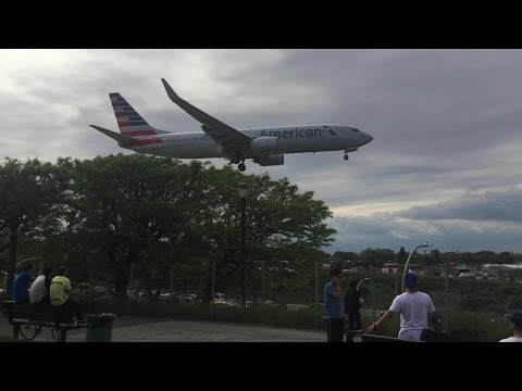 Airplane Spotting | Arrivals & Landings From Runway 4 At LaGuardia Airport In New York City | KLGA