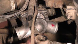 Замена термостата на ваз 2114.(В этом видео я расскажу как поменять термостат на ВАЗ 2114 своими руками. На Приорах, Калинах, и на Гранте похо..., 2015-02-28T16:21:49.000Z)