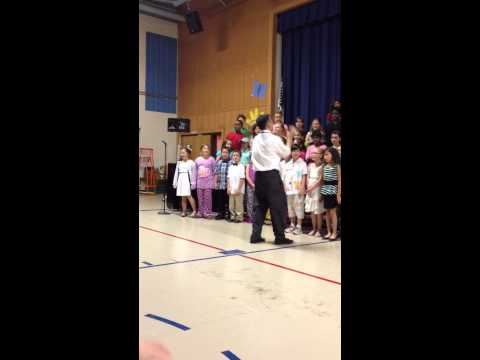 (Part 2) The end of Katy Perry's Roar -Charles Street School spring concert 2014 - 3rd grade