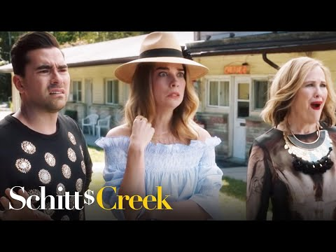 Schitt's Creek - Family Portrait