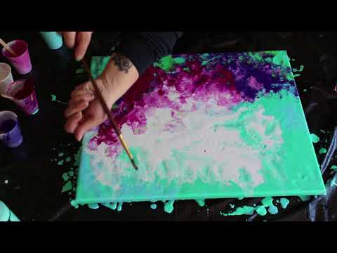 Fluid Paint with an Airbrush | Alcohol Experiment