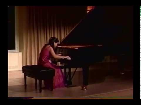 Song-Hee Lee Plays Copland's Piano Variations in Yamaha Piano Salon, New York