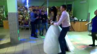 Друзья поют для жениха и невесты на венчание Йошкар-Ола 2015 г.