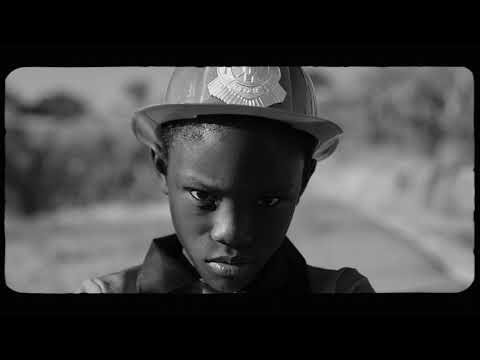 Смотреть клип Fantastic Negrito Ft. Miko Marks - Rolling Through California