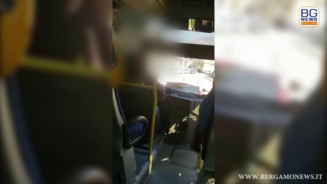 Porno ebano massaggio