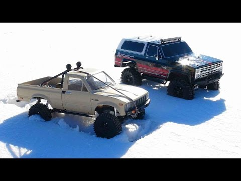 RC ADVENTURES - Trail Finder 2 Toyota Hilux 4x4 & Vaterra Ascender Chevy K5 Blazer Trucks
