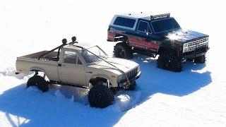 RC ADVENTURES - Trail Finder 2 Toyota Hilux 4x4 & Vaterra Ascender Chevy K5 Blazer Trucks