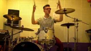 Nikita Berezkin - 5 diez - Все в хлам (Drum cover) (Bringing back tha 2007!!)