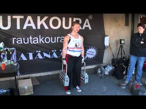 Anna Karrila Rautakoura SM kisoissa huippuaika