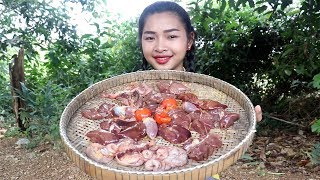 Awesome Cooking Fry Chicken Ovary / Liver Delicious Recipe - Cook Chicken - Village Food Factory