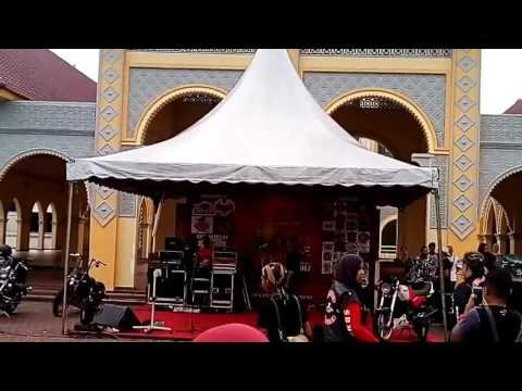 Mamat exist at anita bike week salju didanau rindu
