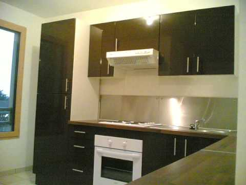 cuisine quip e avec cr dence inox youtube. Black Bedroom Furniture Sets. Home Design Ideas
