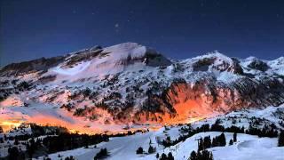 Silent Night in German (Stille nacht) -Dresden choir.