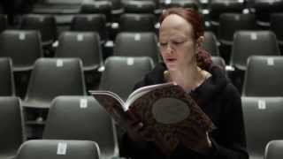 Стихи Ольги Дубинской читает актриса театра и кино Елена Морозова